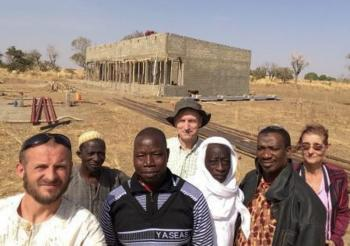 On site visit by Burkinabe, SEDELAN, and ABADAS respresentatives